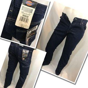 Dickie 6 pocket  Blue Jeans Brand New 30X32